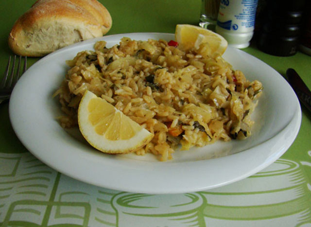Rice with cabbage