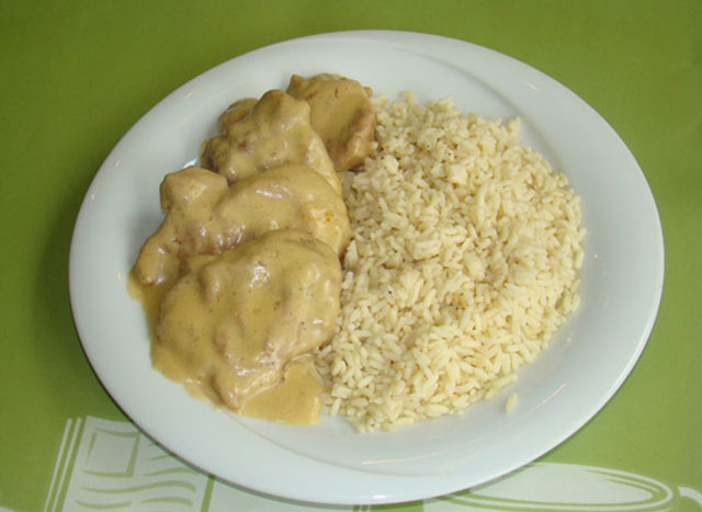 Tenderloin with mustard sauce.